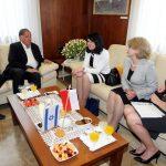 Укрепить экономическое сотрудничество между Польшей и Хайфой