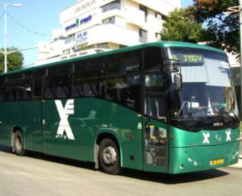0-egged-bus-400