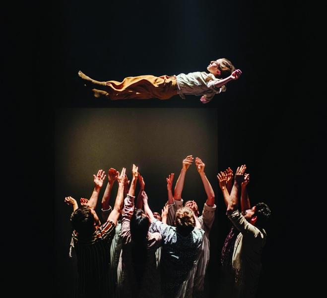 Гастрольные спектакли «Grand Finale» балетной группы Хофеша Шехтера ко дням фестиваля «Лондон в Тель-Авиве»