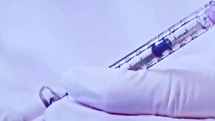 Борьба с коронавирусом: карантин, вакцинация, статистика. Сегодня правительство обсудит возможность продления карантина